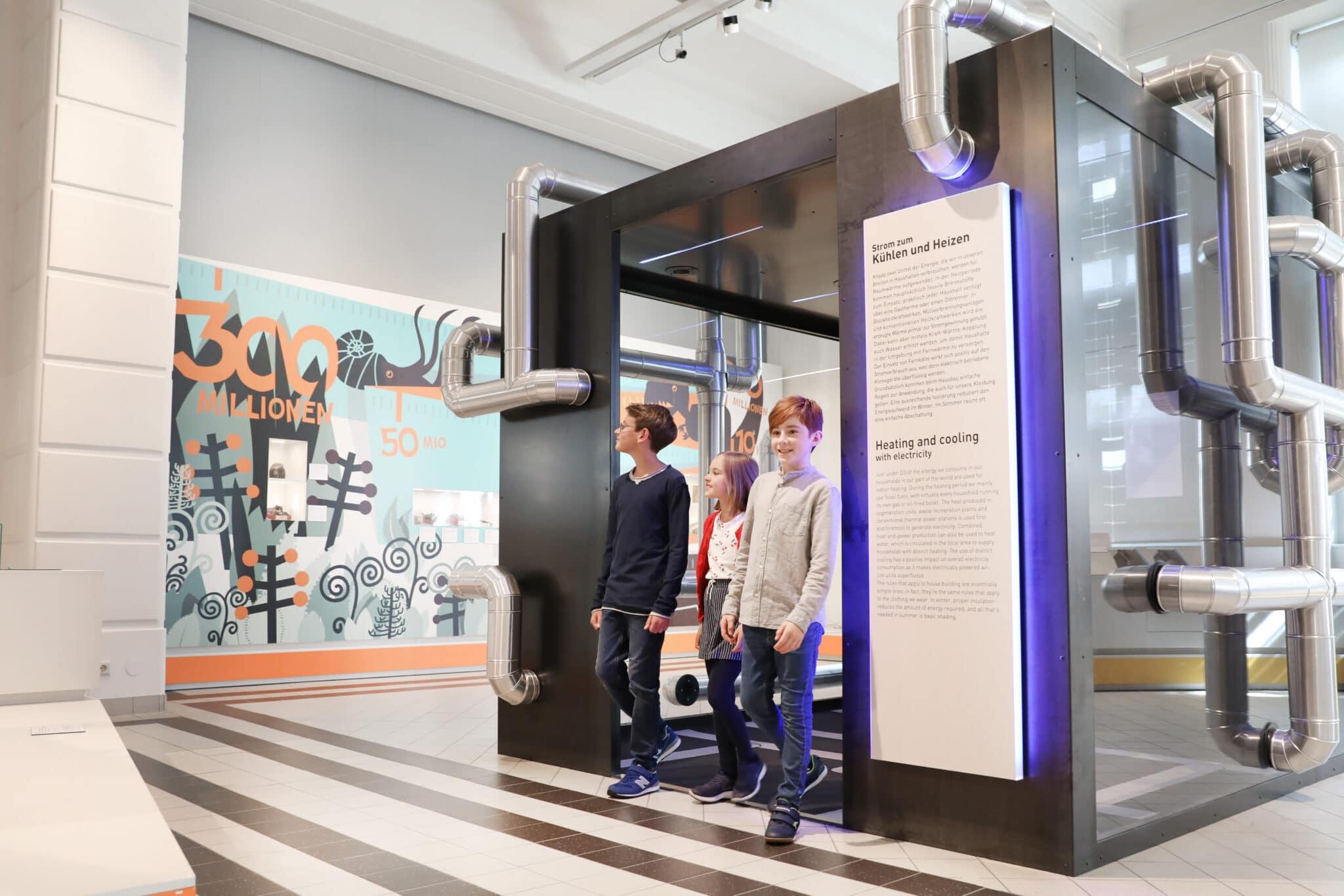 BesucherInnen im Technischen Museum Wien