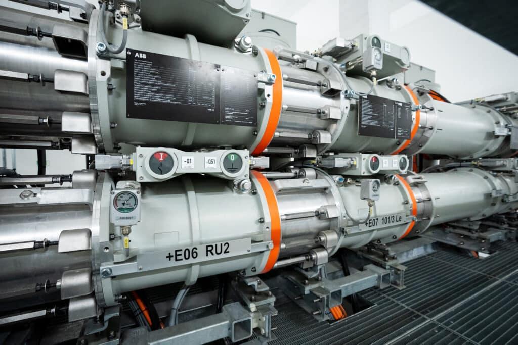 Die gasisolierte Schaltanlage ist am neuesten Stand der Technik und gewährleistet eine sicher Stromversorgung der Inneren Stadt.